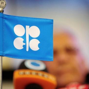 OPEC daje i zabiera? Rosną szanse korekty na ropie