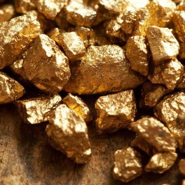 Ceny złota wciąż wspierane przez dużych inwestorów