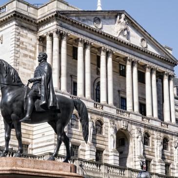 Bank Anglii: Cięcie stopy procentowej o 25pb i QE!